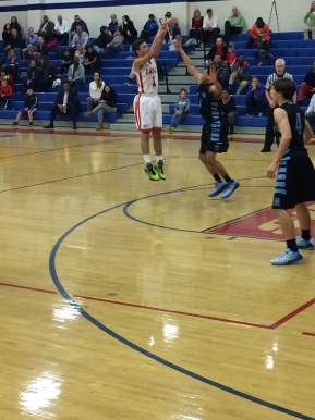 Boys' Basketball Wins Close Game Against Howard