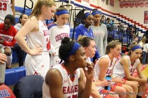Girls' Basketball Defeats OaklandMills